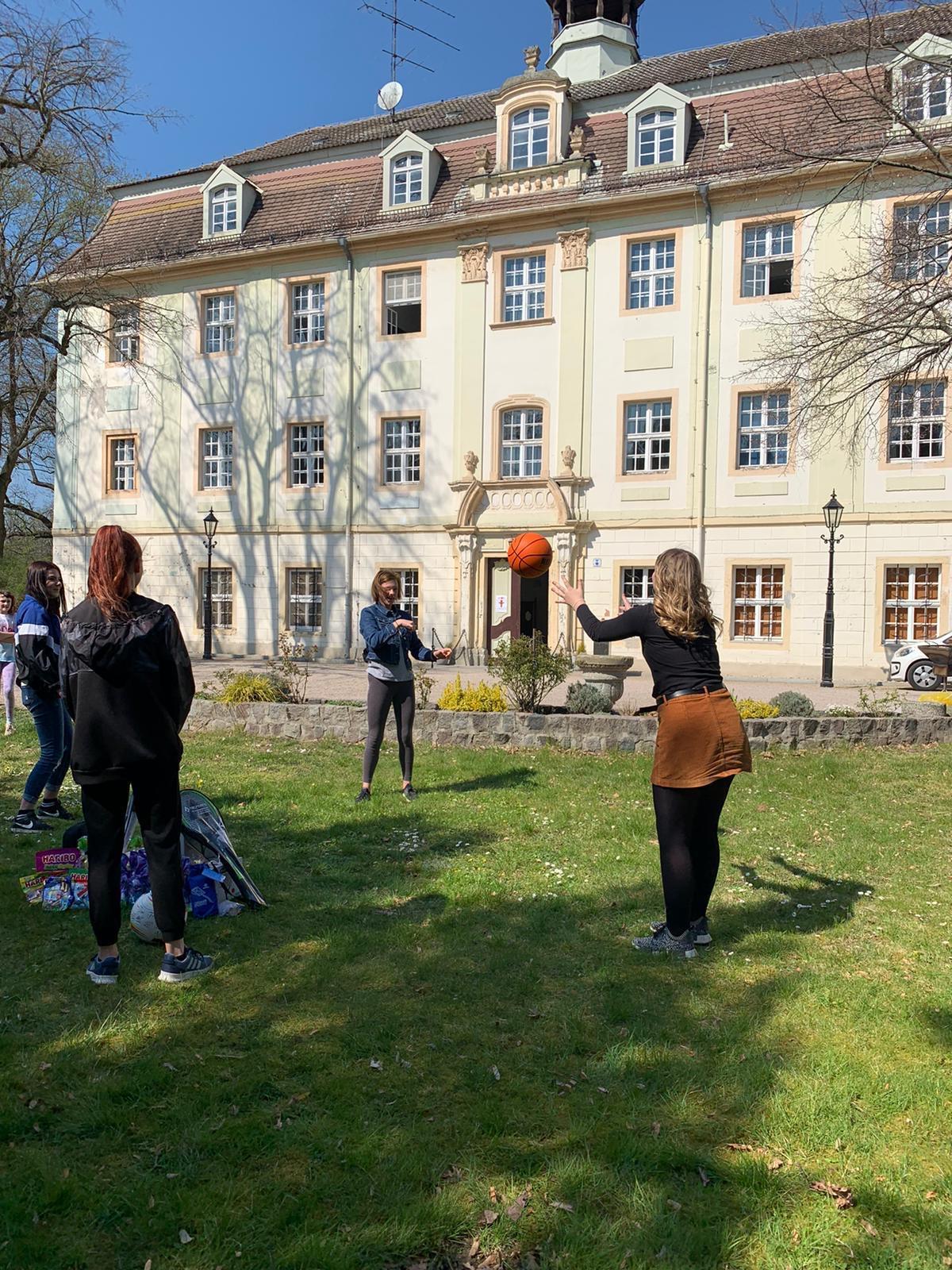 Ostern im Kinderheim Wartenburg